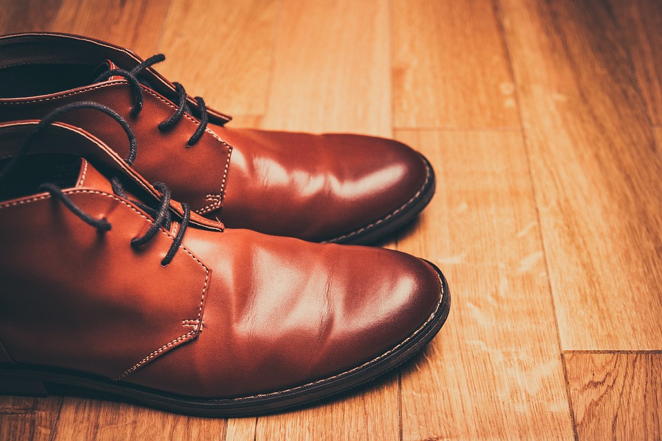 6d1e1a7d8 História do Sapato - História de Tudo